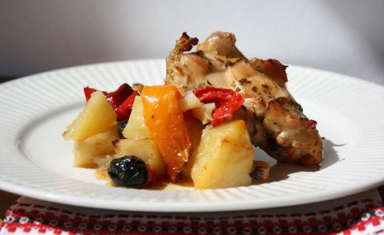 Mediterranean-Chicken-Thighs-Dish