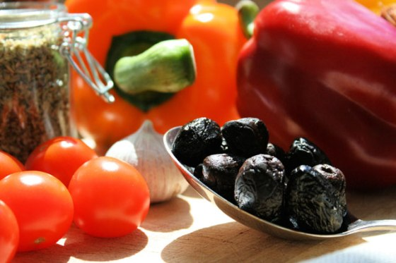 Mediterranean-Roasted-Chicken-Thighs-Ingredients